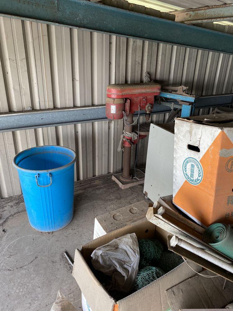 桃園市龜山區搬家案例.清運廢棄物,鐵皮屋共2層,三台車次6